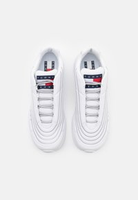 Tommy Jeans - HERITAGE MIX REFLECTIVE - Sneakers - white - 3