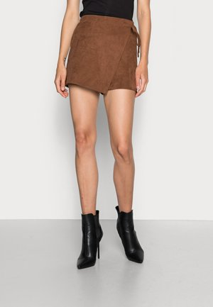 WEBEX KNOTTED - Shorts - brown