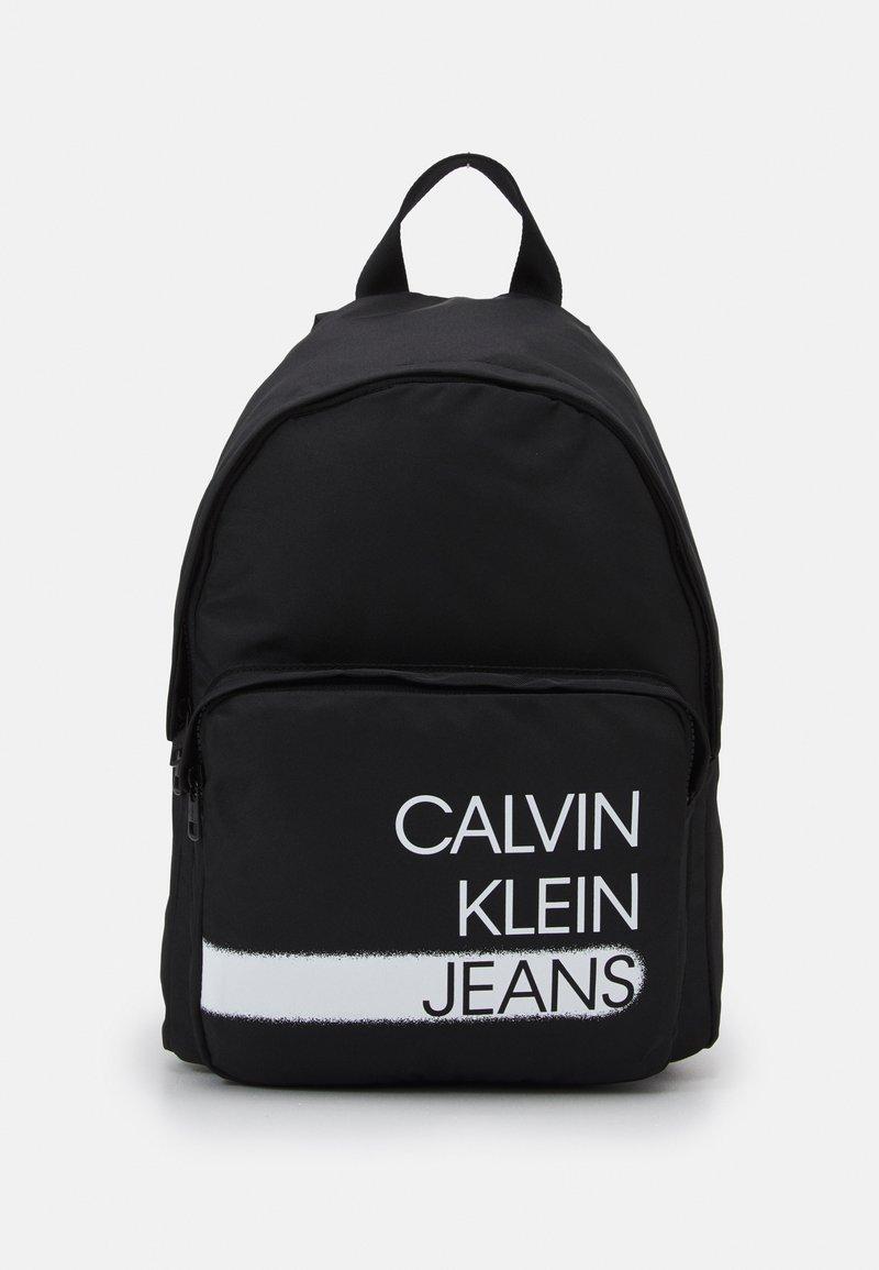 Calvin Klein Jeans - SEASONAL LOGO BACKPACK UNISEX - Rucksack - black