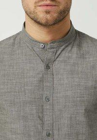 Nowadays - Shirt - rosin - 1