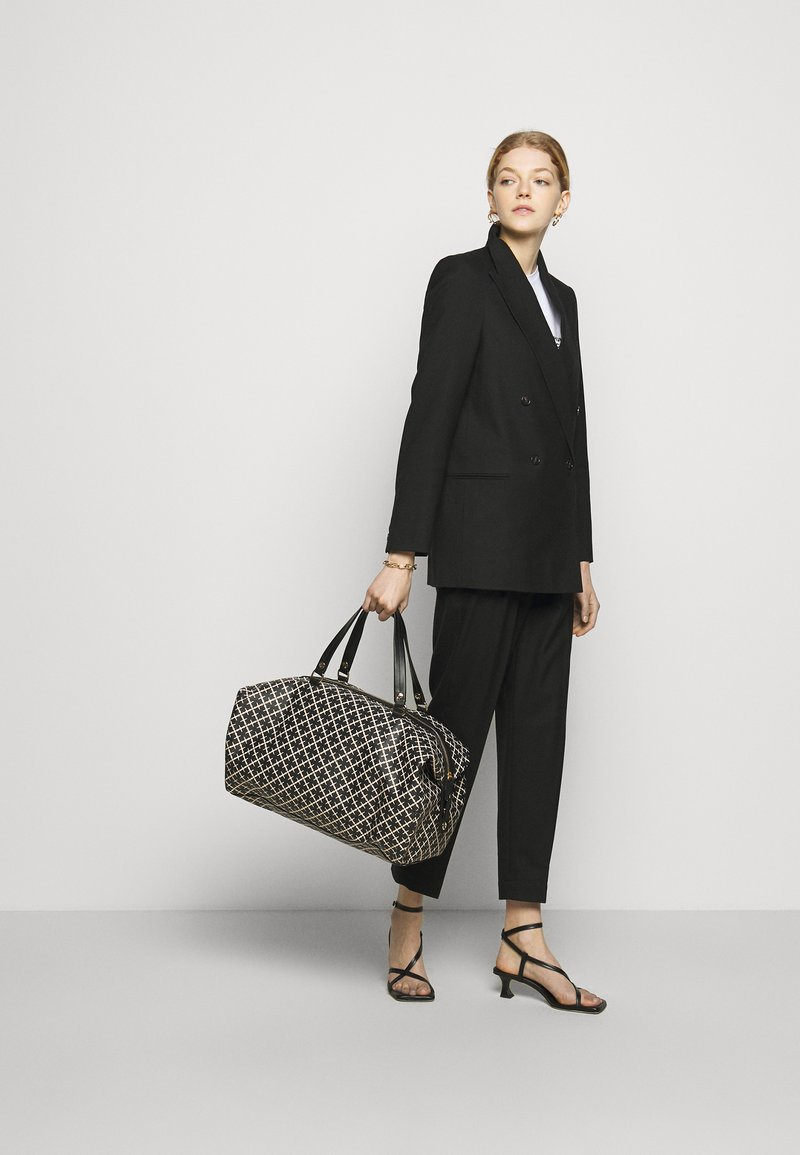 By Malene Birger - ELI TRAVEL - Weekend bag - black