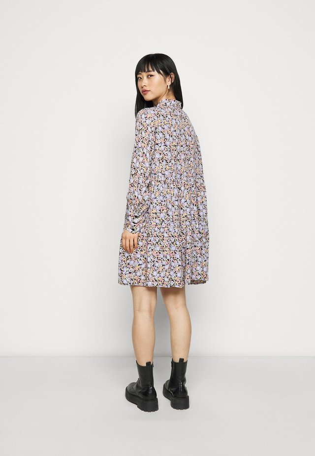 PCINIS DRESS - Sukienka koszulowa - black/blue