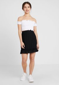 Fashion Union Petite - FASHION UNION ANGLAISE MINI SKIRT WITH FRILLED HEM - A-line skirt - black - 1