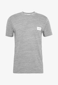 Calvin Klein - MOULINE CHEST LOGO - Triko spotiskem - grey - 3
