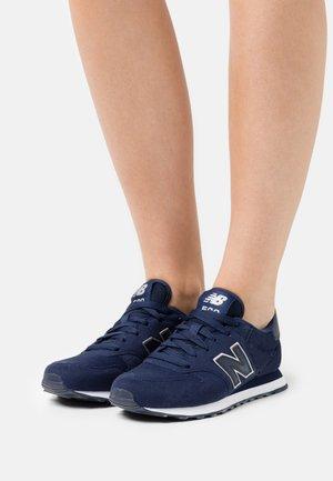 GW500 - Sneakers - pigment