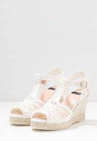 LAB - High heeled sandals - blanco - 4
