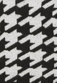 JDY - JDYAXIS  - Jumper - black/white check - 2