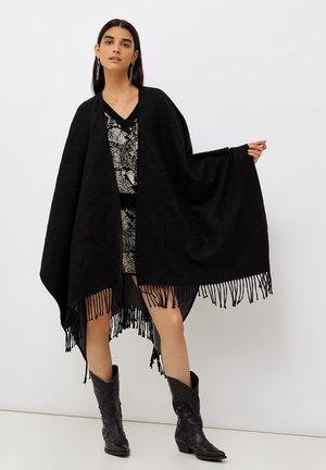 Poncho - black