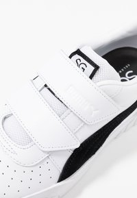 Puma - CALI - Trainers - white/black - 2