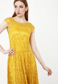 Madam-T - LOTTA - Cocktail dress / Party dress - gelb - 5