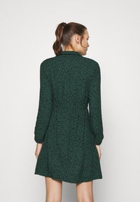 Mavi - LONG SLEEVE DRESS - Skjortekjole - posy green - 2