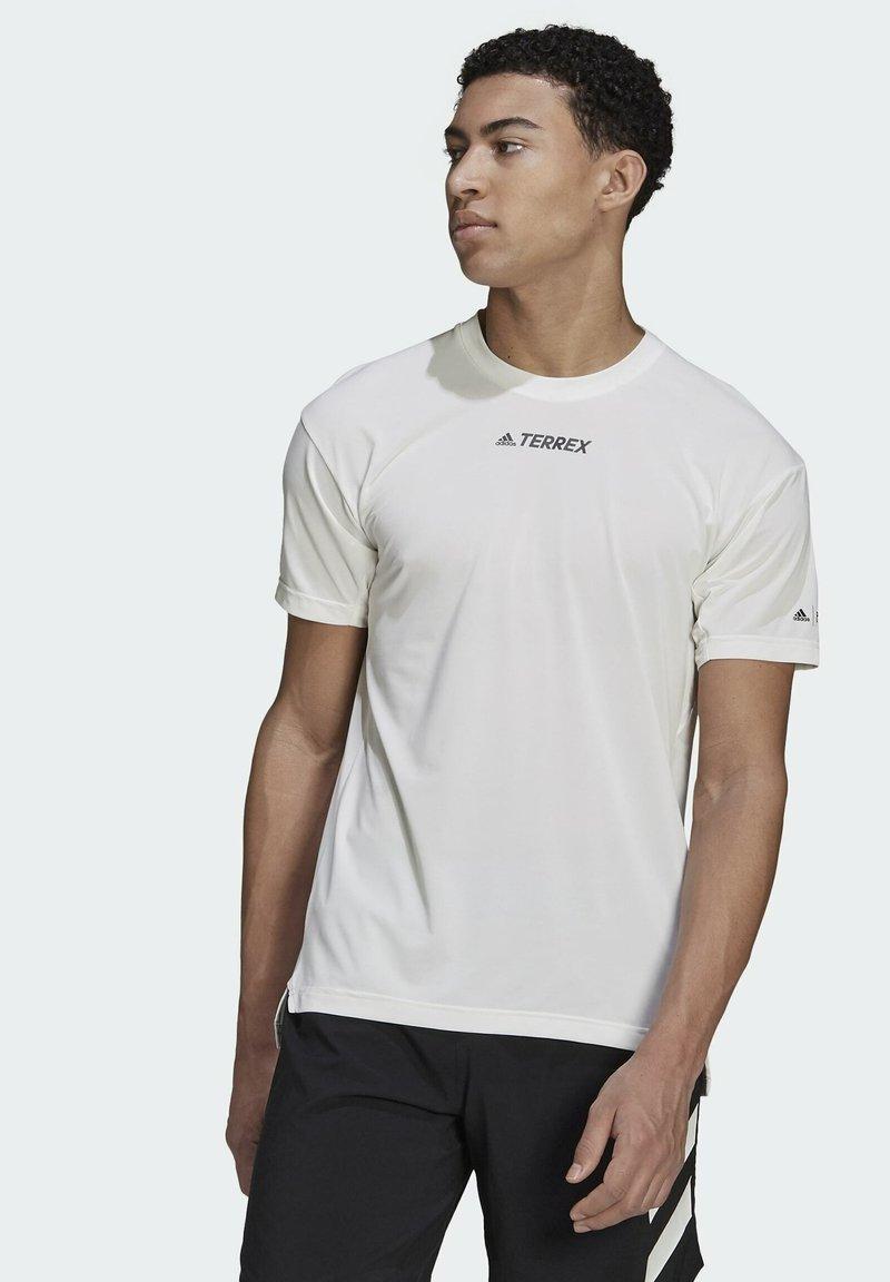 adidas Performance - TERREX PARLEY AGRAVIC TRAIL ALL-AROUND  - Basic T-shirt - white