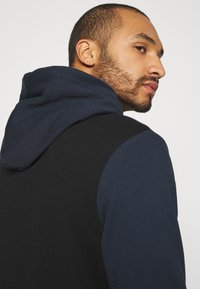 Calvin Klein - COLOR BLOCK HOODIE - Sweat à capuche - blue - 5