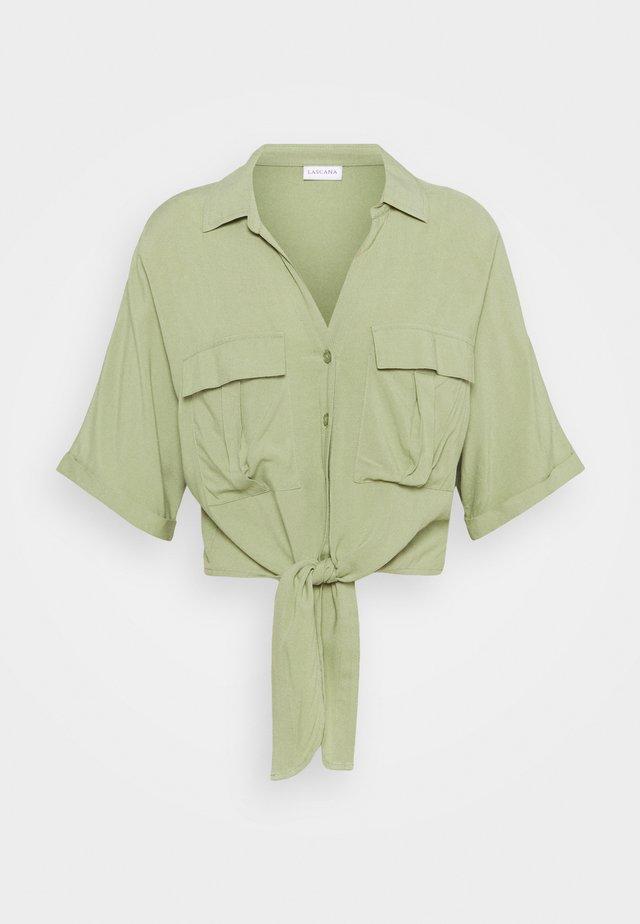 CARGO - Button-down blouse - grün