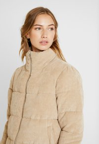 ONLY - ONLCOLE PADDED JACKET - Winter jacket - beige - 3