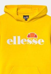 Ellesse - IOSBEL - Sweatshirt - yellow - 2
