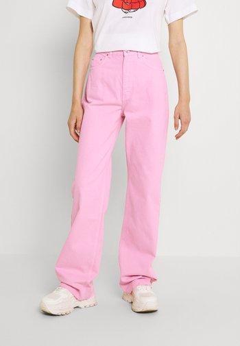 IDUN - Jeans straight leg - pink