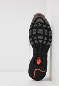 Nike Sportswear - AIR MAX 98 SE - Sneakers - vast grey/summit white/team orange/smoke grey/black/metallic red bronze - 4