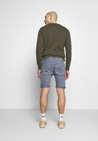 Replay - MA981B SHORT - Denim shorts - stone blue - 2