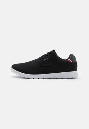 RECYCLE HYBRID SHOE - Sportieve veterschoenen - black