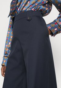 Mulberry - GRETTA TROUSERS  - Pantaloni - dark blue - 8