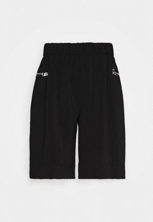 TRAVEL CREPE  - Shorts - black