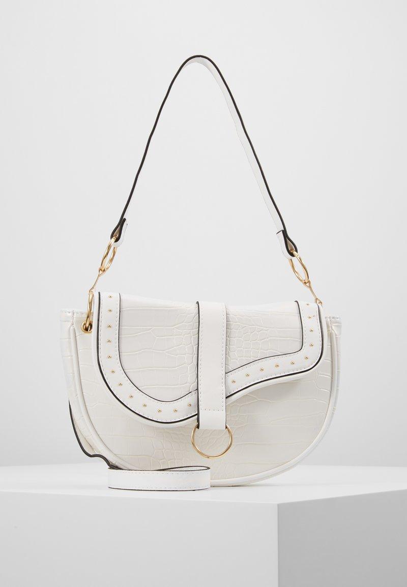 New Look - SHARNI SADDLE BAG - Handbag - white