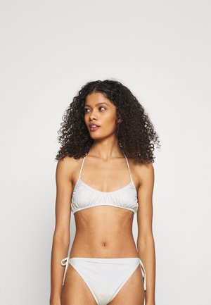 CLOUD TRIANGLE SWIM - Bikini top - off white