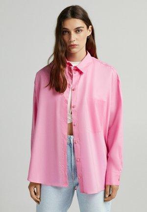 OVERSIZED - Košile - pink