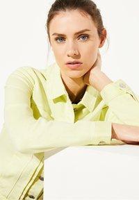 comma casual identity - Denim jacket - lemon - 3