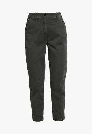 PAGE MID BAGGY BF ANKLE CHINO WMN - Chino - premium micro str twill od