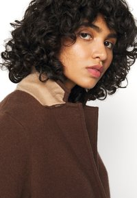 FTC Cashmere - Classic coat - brown - 2