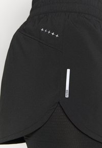 Puma - RUN FAVORITE - Sports shorts - black - 5