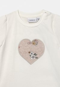 Name it - NBFDELFIN SET - Print T-shirt - snow white - 3