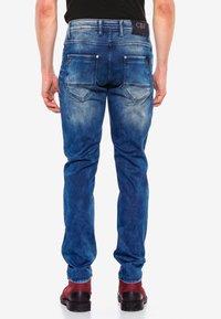 Cipo & Baxx - MIT AUFFÄLLIGER WASCHUNG - Straight leg jeans - blue - 1