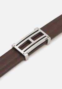 Tommy Hilfiger - CASUAL CORE - Bracelet - braun - 4