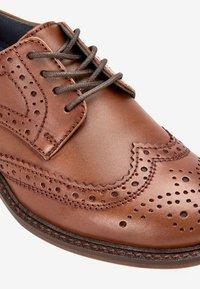 Next - Elegantní šněrovací boty - brown - 4