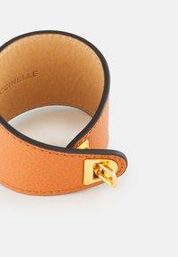 Coccinelle - BEAT SOFT BRACELET - Bracelet - chestnut - 1