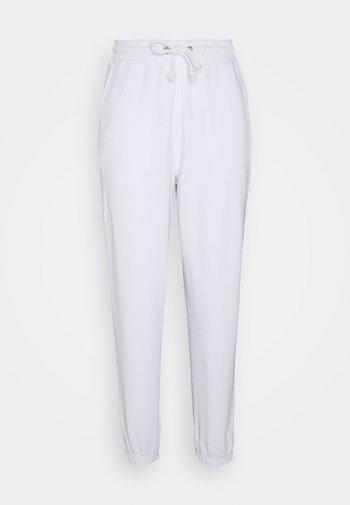 OVERSIZED 90S - Pantalon de survêtement - white