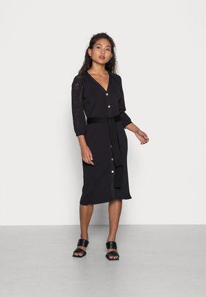 OBJMARCEY DRESS - Sukienka dzianinowa - black