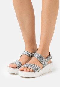 Wonders Green - Platform sandals - coralus - 0
