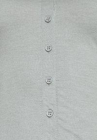 Missguided - BUTTON THROUGH MIDI DRESS - Jerseykjole - grey - 5