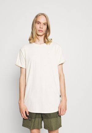 LASH - Paprasti marškinėliai - compact peach