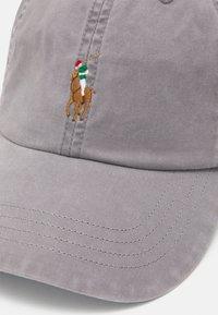 Polo Ralph Lauren - CLASSIC SPORT UNISEX - Lippalakki - perfect grey - 4