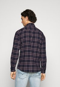 Jack & Jones - JJPLAIN CHECK - Skjorta - navy blazer - 2