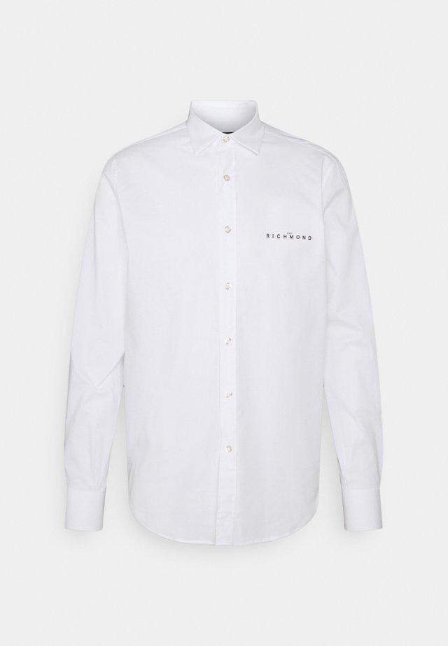 TOWOC - Chemise - white