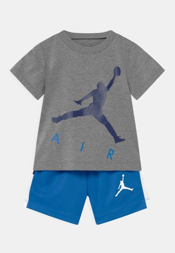 JUMPING BIG AIR SET UNISEX - Print T-shirt - signal blue