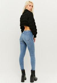 TALLY WEiJL - PUSH-UP  - Jeans Skinny Fit - blue denim - 2
