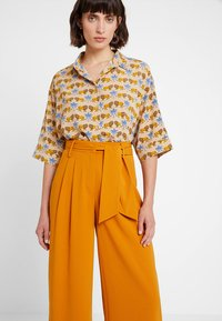 mint&berry - Trousers - yellow - 3