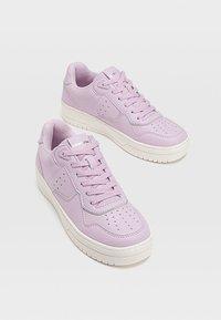 Stradivarius - Sneakers laag - purple - 3